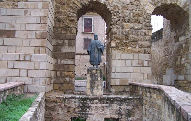 Estatua de Maimónides, Córdoba