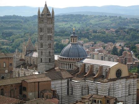 Vista de la Catedral de Siena –Foto-Jesus-Muro