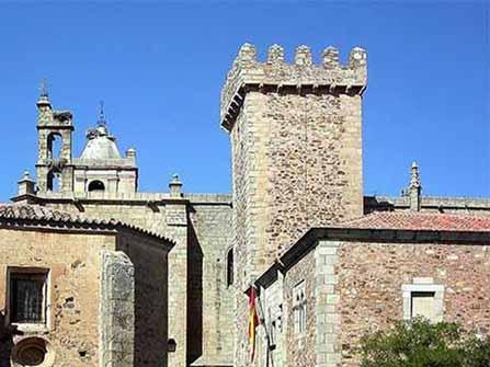 Torre de Santa María Cáceres