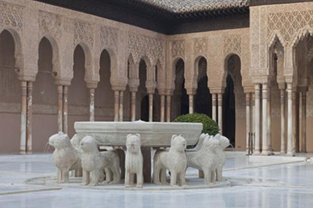La Alhambra de Granada (España) premiada por la Unión Europea por la restauración del Patio de los Leones