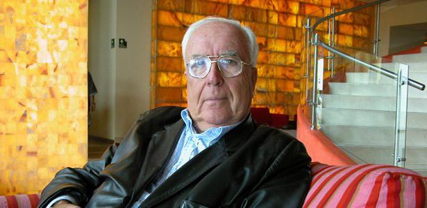Román Gubern ingresa en la Real Academia de Bellas Artes de San Fernando