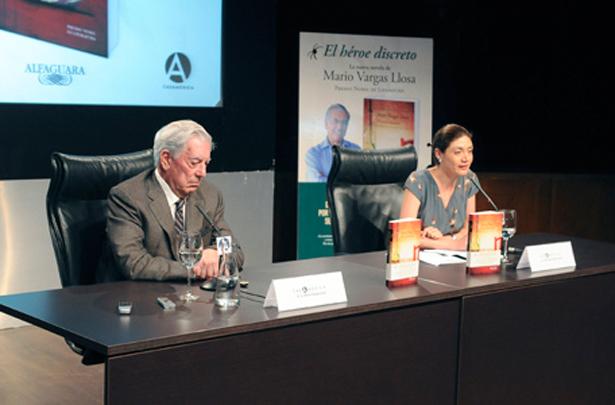 Mario Vargas Llosa presenta su nueva novela en Casa de América de Madrid