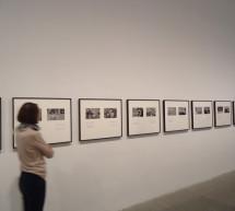 El Museo Reina Sofía presenta la exposición Mínima resistencia. Entre el tardomodernismo y la globalización. Prácticas artísticas en la década de los 80 y 90