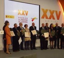 """El Ministro de Agricultura, Alimentación y Medio Ambiente, Arias Cañete, entrega los """"Premios Alimentos de España"""""""