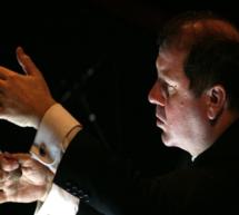 El Teatro Real acuerda la designación de Ivor Bolton como director musical