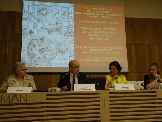 De Izq. a dcha. Pilar Luna; Jesús Prieto; Teresa Franco y Elisa de Cabo. Foto: © patrimonioactual.com