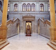 La Biblioteca Nacional abre el vestíbulo al público y facilita el acceso a información y carnés