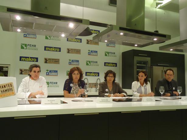 De Izq. a dcha. Pepa Muñoz; Carmen Gayo; Beatriz Cecilia; Beatriz García Cabredo y Raúl Cabrera. Foto: © patrimonioactual.com