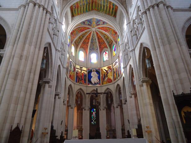 Turismo Religioso y Peregrinaciones. Catedral de la Almudena. Foto: © patrimonioactual.com