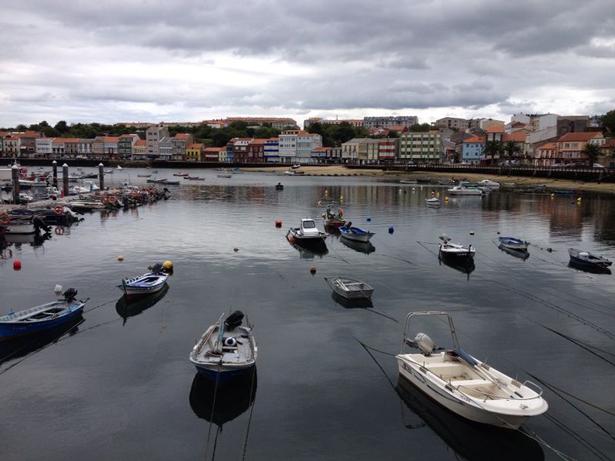 OMT. Record de turistas en 2014. Pueblo de Galicia (España)