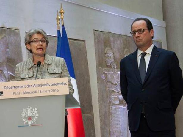 Hollande e Irina Bokova. Foto: UNESCO © P. Chiang-Joo