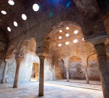 La Alhambra y Granada han celebrado el Día de los Monumentos con visitas guiadas por los espacios de la Dobla de Oro