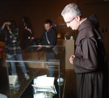 El manuscrito autógrafo Camino de perfección ya puede verse en la exposición Teresa de Jesús en la BNE