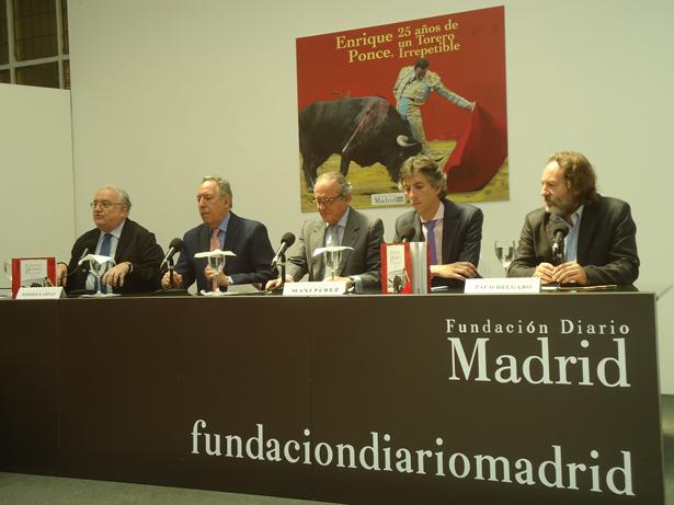 De Izq. a dcha: Díaz-Manresa, Federico Arnás, José Vicente de Juan, Maxi Pérez y Paco Delgado. Foto: © patrimonioactual.com