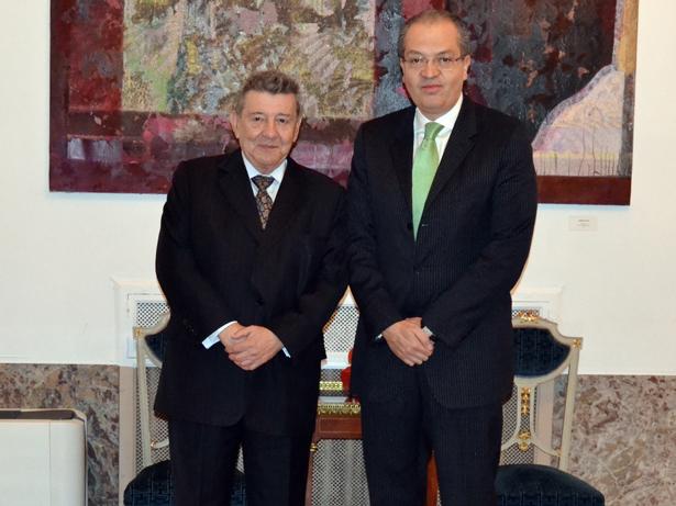 Rafael Roncagliolo, Embajador de Perú en España y Fernando   Carrillo Flórez, Embajador de Colombia en España