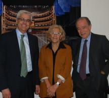 Manuela Carmena manifiesta su apoyo al proyecto del Teatro Real