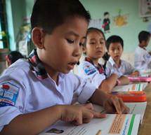 La UNESCO presenta un nuevo modelo de financiación que podría triplicar la disponibilidad de los manuales escolares