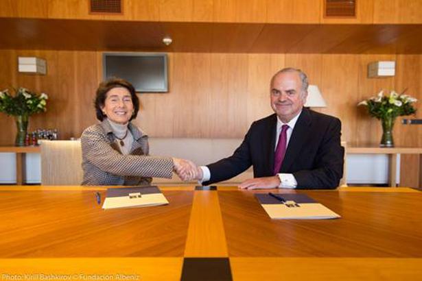 Firma de un convenio de colaboración entre el Grupo Timón y la Fundación Albéniz