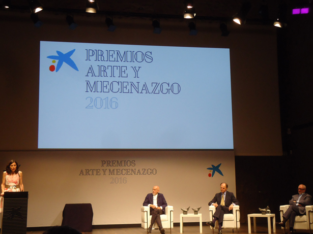 """""""la Caixa"""" entrega en CaixaForum Madrid los Premios Arte y Mecenazgo 2016 a Carlos León, la galería Guillermo de Osma y la colección Archivo Lafuente"""
