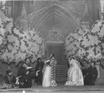 Donan a la BNE diez fotografías del teatro de los años 20