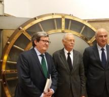 Eduardo Mendoza deja un legado secreto en la Caja de las Letras del Instituto Cervantes que se desvelará en 2037