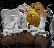 Llega al Teatro Real El gallo de oro, ácida sátira política escondida en una inocente fábula de Pushkin
