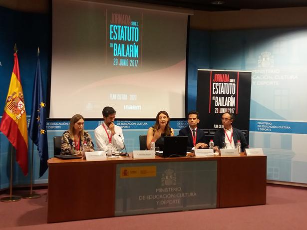 El Ministerio de Educación, Cultura y Deporte de España celebra una jornada de debate para elaborar un futuro Estatuto del Bailarín