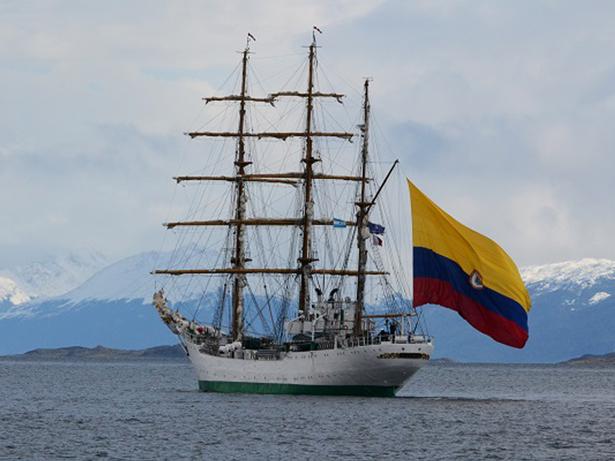 Buque Gloria. Foto Cortesía Embajada de Colombia en Francia