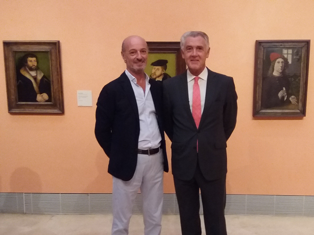 A la derecha, Evelio Acevedo, Director Gerente del Museo Nacional Thyssen-Bornemisza, a la izquierda, Juan Ignacio Vecino, director de patrimonioactual.com. Foto: © patrimonioactual.com