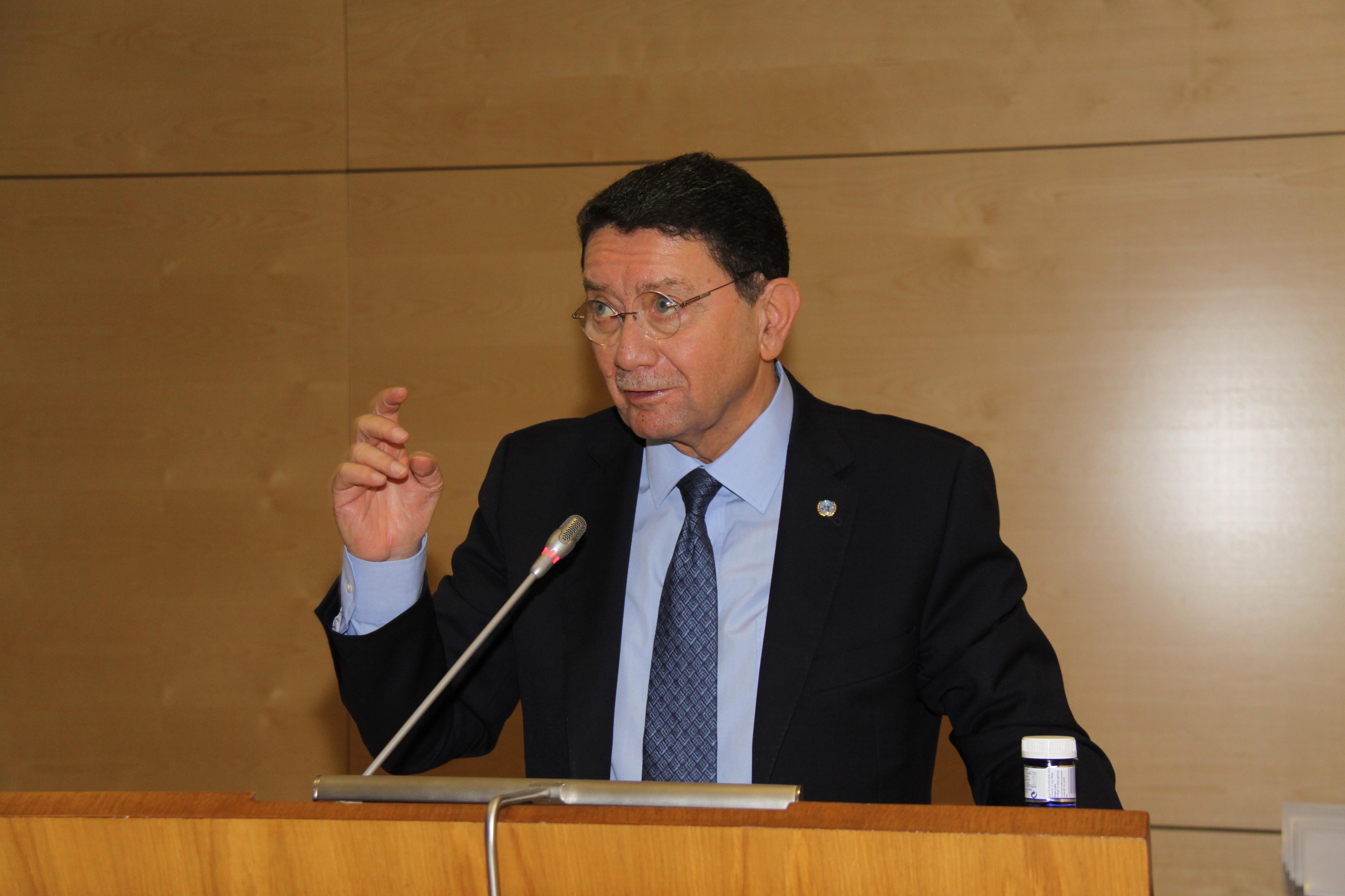 La Organización Mundial del Turismo y la Organización Internacional del Trabajo debatieron las condiciones laborales del sector