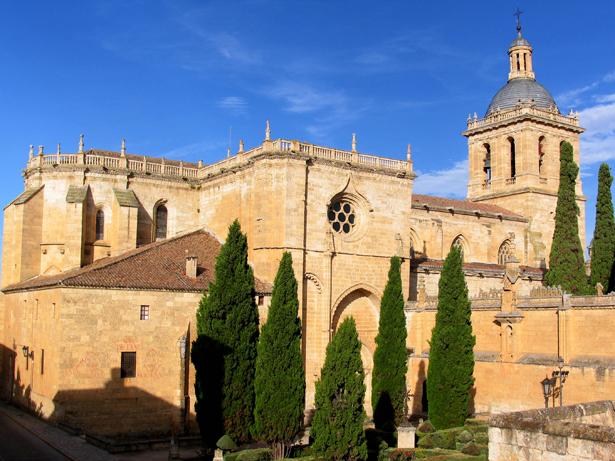 """Románico Atlántico pone en marcha el proyecto cultural """"Catedral de Ciudad Rodrigo. La puerta del Reino"""""""