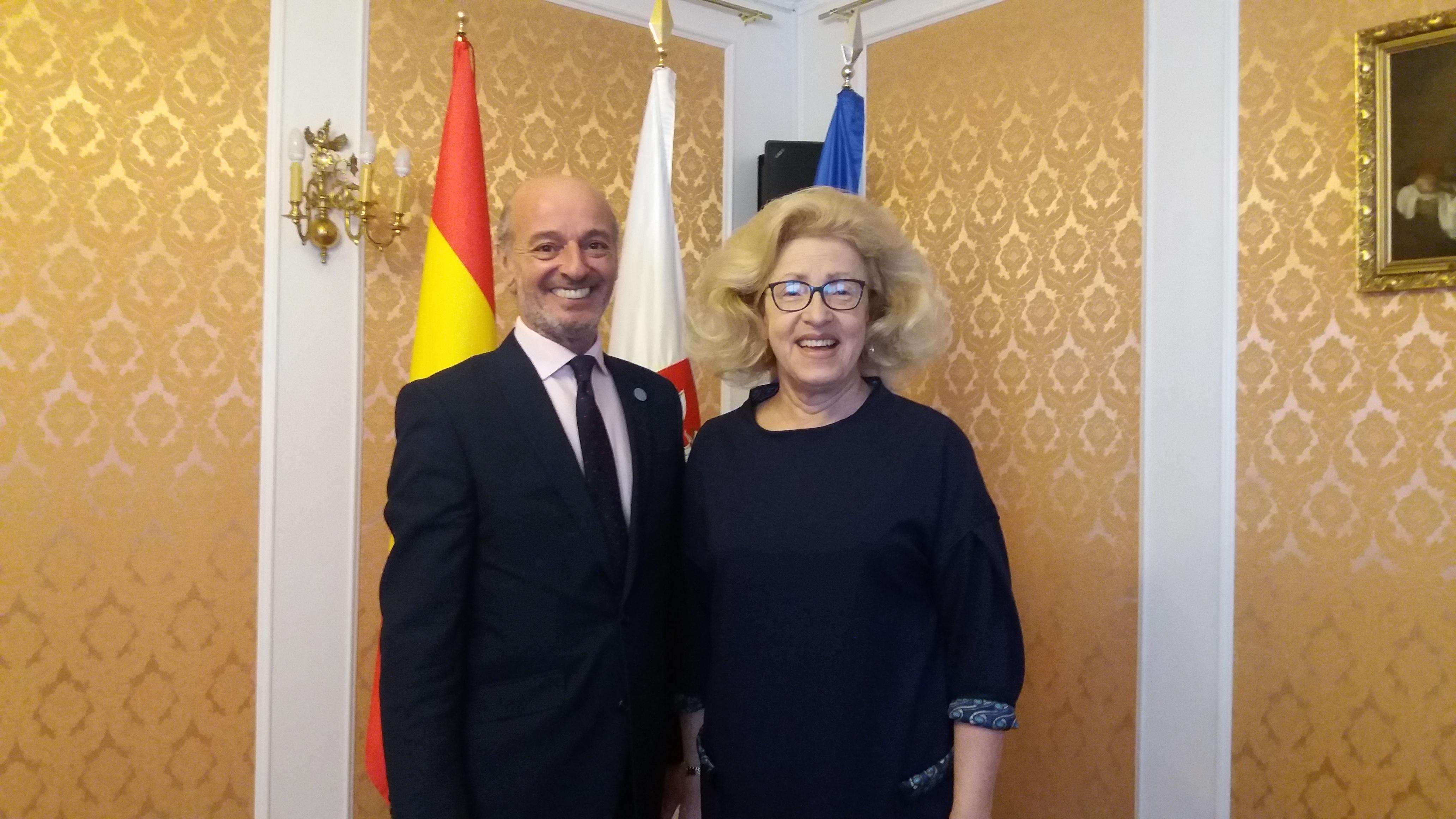 Entrevista a Marzenna Adamczyk, embajadora de Polonia en España